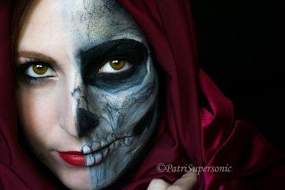 Halloween 2015. Half Skull