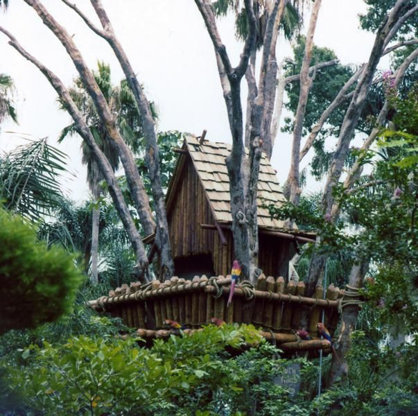 Discovery Island, Treasure Island, Disney