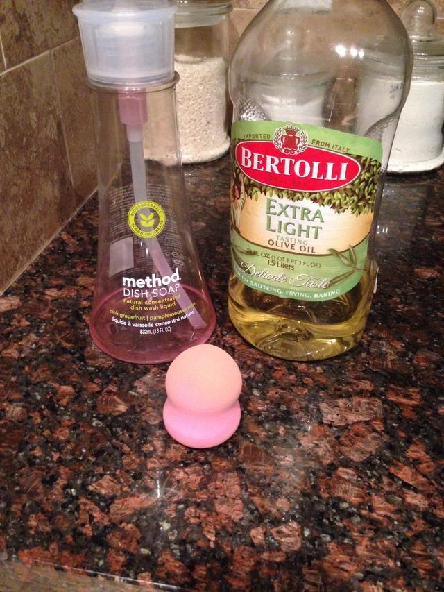 How to Clean a Beauty Blender\blending Sponge Recipe