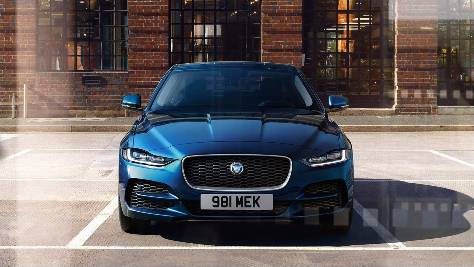 Jaguar Xe 2020 Price In India In 2020 Jaguar Xe New Jaguar Bmw M4 Coupe