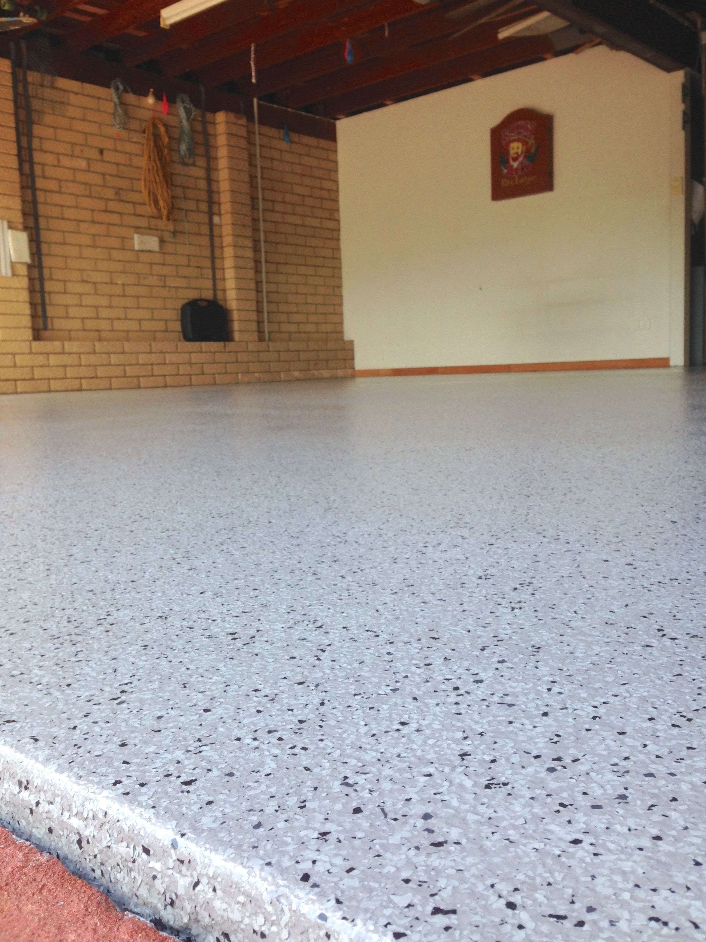 Installing A Beautiful Flake Epoxy Floor Using Slate Over A Pipeline Grey Base Coat At Buddina This Wee Garage Floor Coatings Epoxy Flooring Cost Epoxy Floor