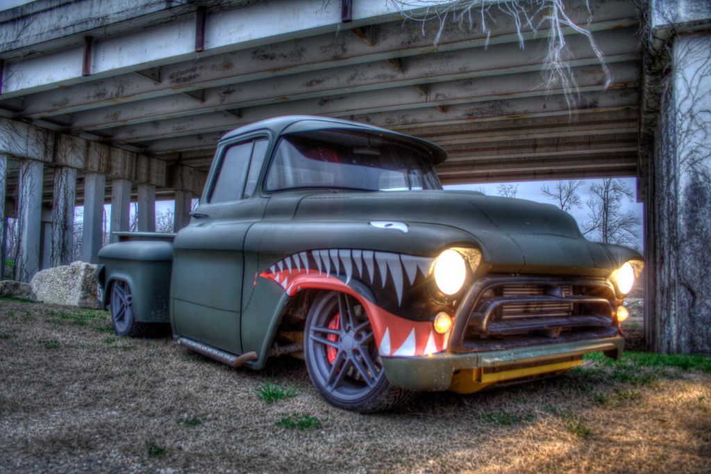 Military Tribute Paint Job The 1947 Present Chevrolet Gmc Truck Message Board Network 57 Chevy Trucks Chevy Trucks Cool Cars