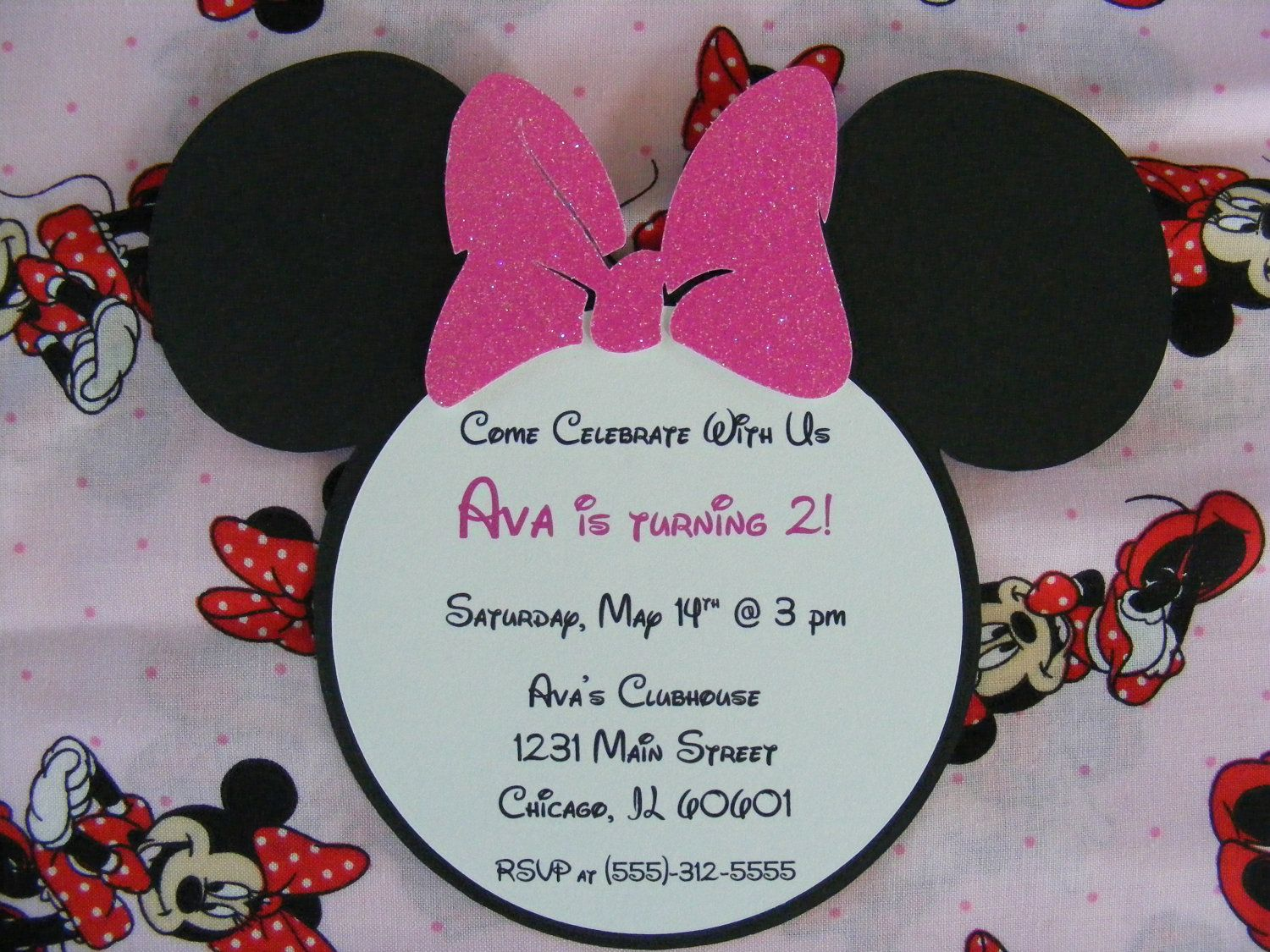 Minnie Mouse Glitter Invitations | For my nieces | Pinterest ...