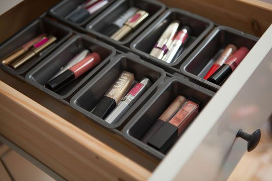 Use a mini loaf pan to neatly organize your lip shades or other small products inside a drawer.