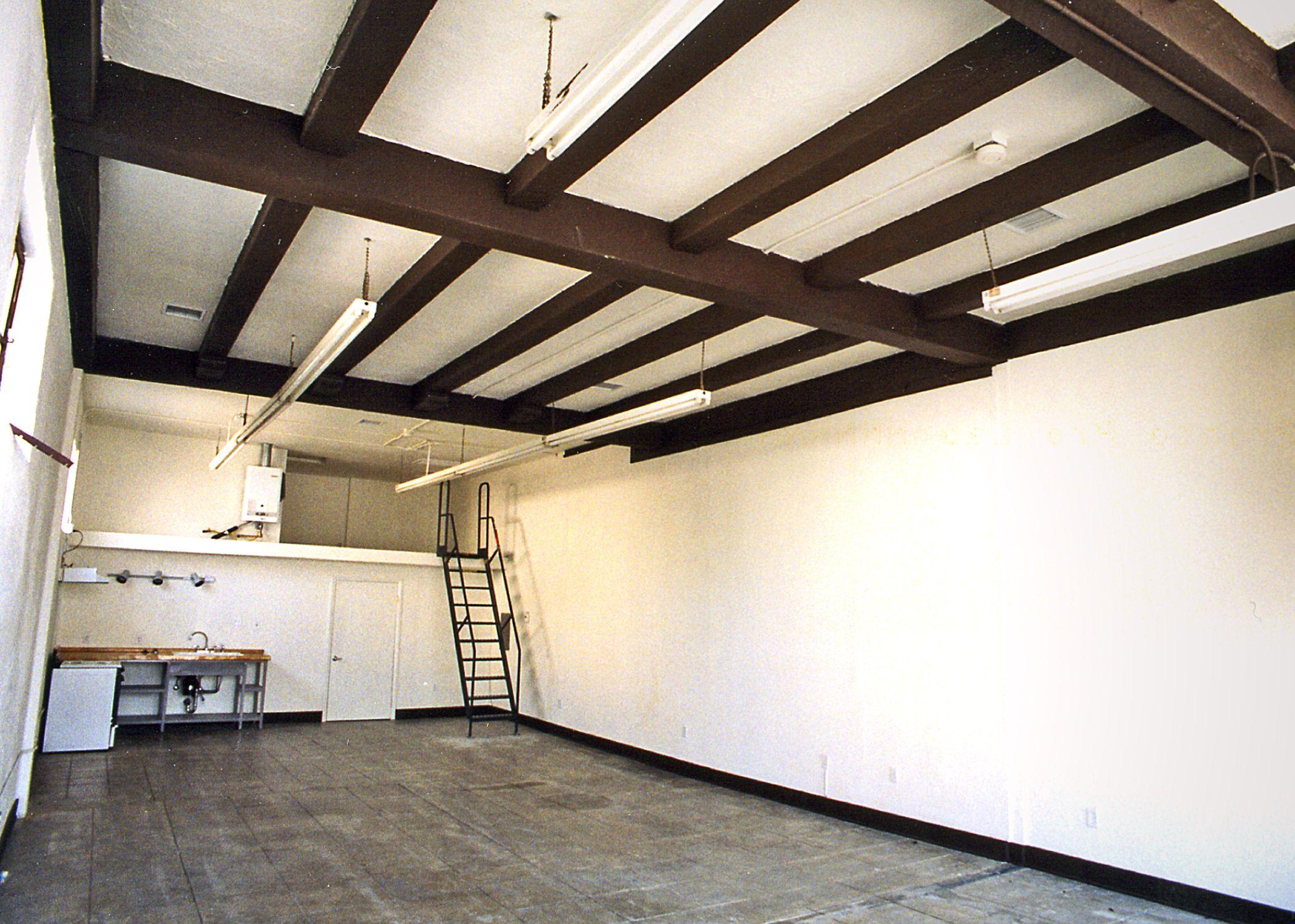 Ontario Arts Lofts Loft Style Apartments Loft Style Diy Small Apartment