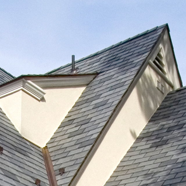 I Just Love The Fray Tiles That Are Placed On This Roof My Husband And I Are Planning On Replacing The Shingles We Ha Roofing Us White House Roofing Materials