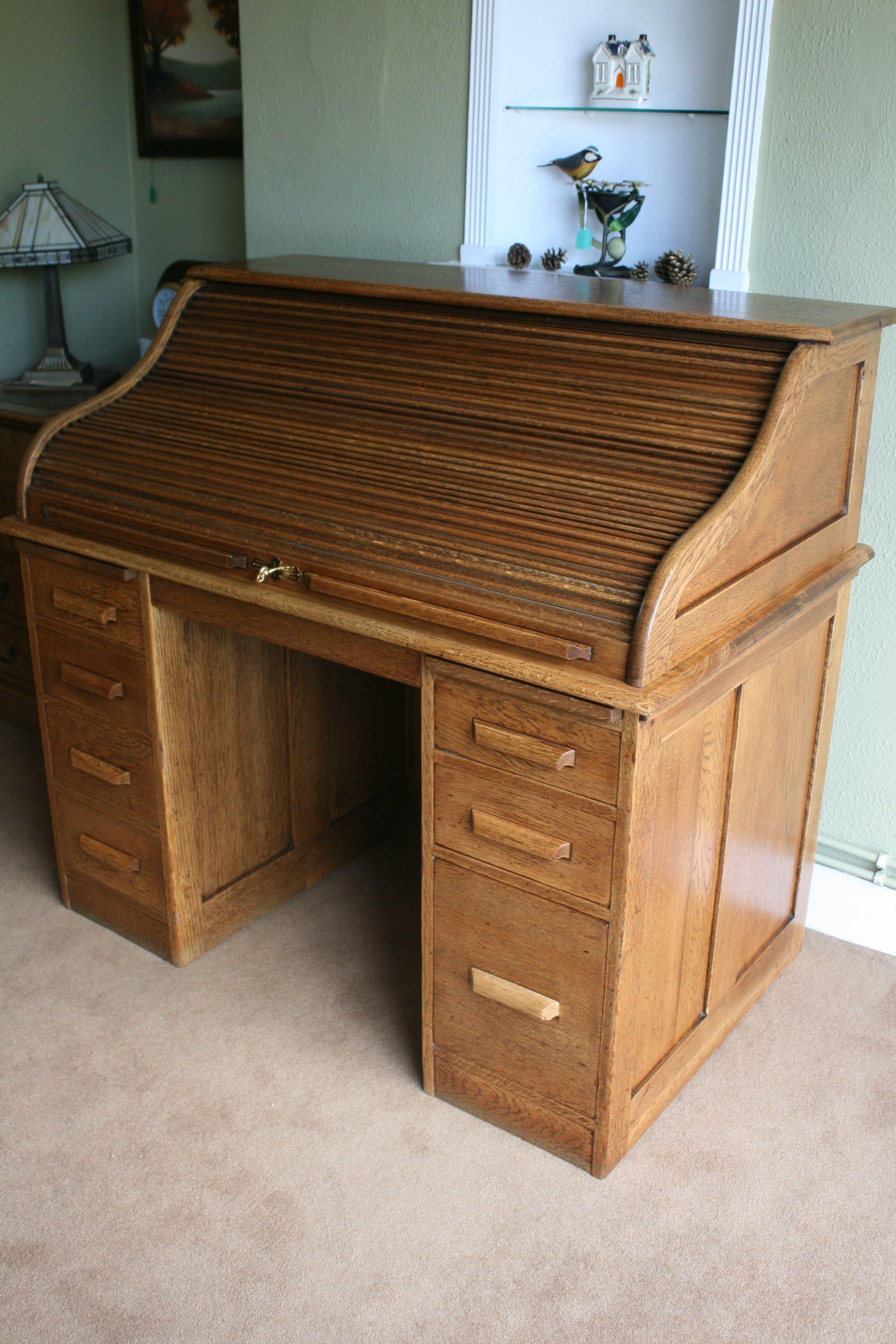 A light Oak Roll Top Desk Roll Top Desks