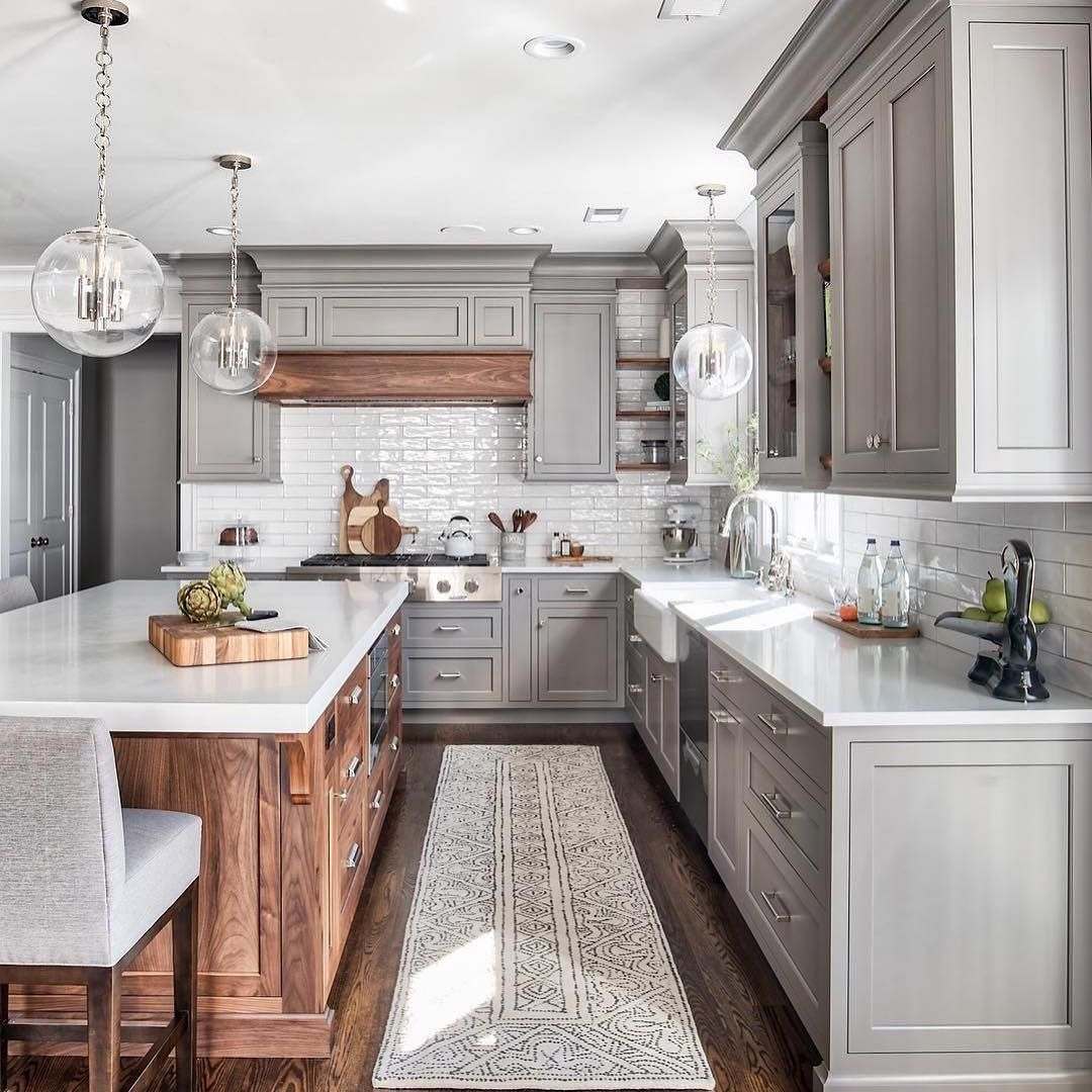 karolina interior designer on instagram i ve shared this beautiful kitchen before from t on l kitchen interior modern id=13791