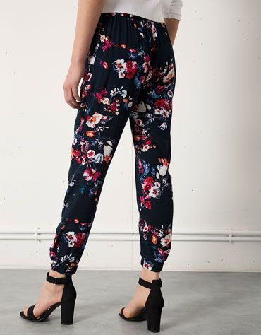 these bershka trousers are achingly pretty