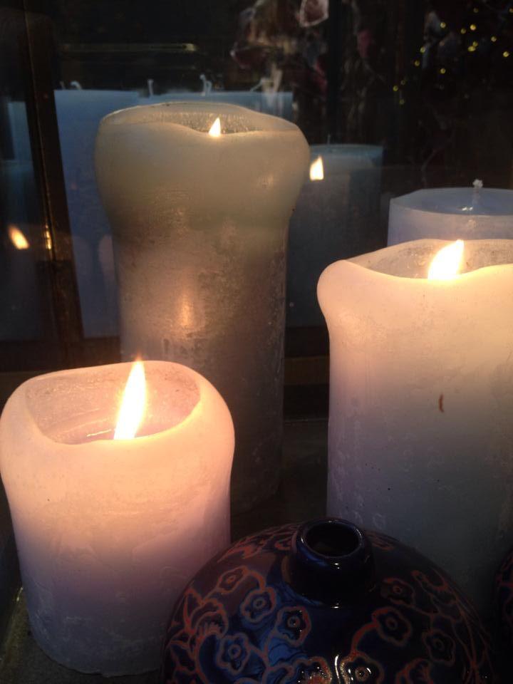 Gezelligheid, feesten, versieren.... Kaarsen horen er elke keer bij. Young Amadeus presenteert een prachtige collectie kaarsen. www.youngamadeus.be