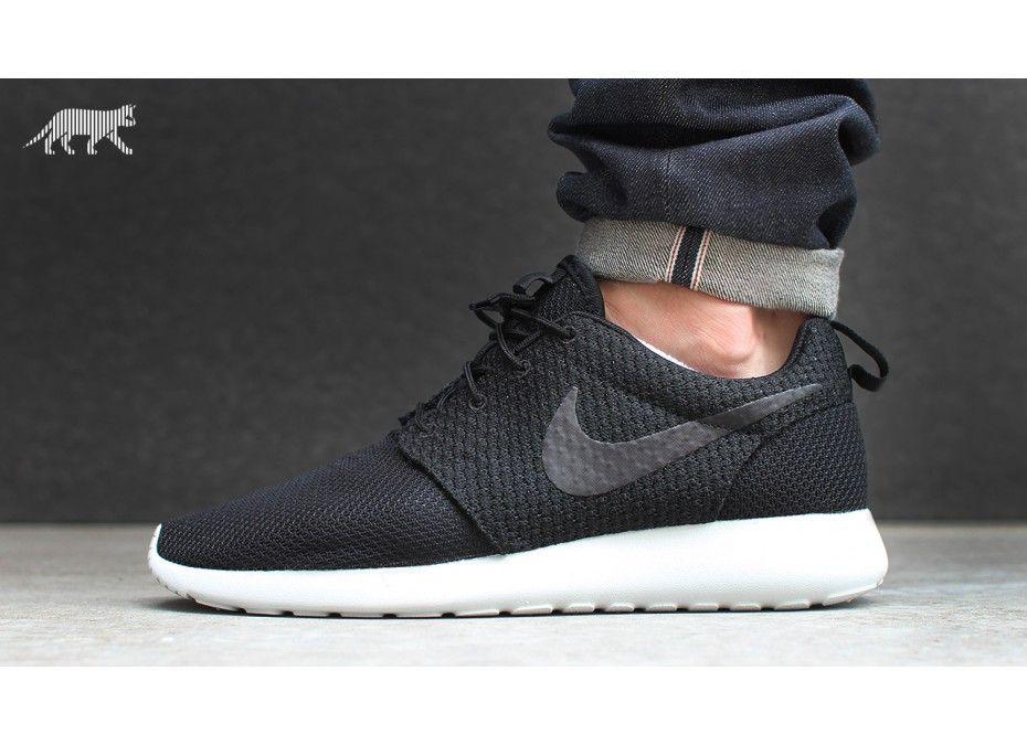 Nike Run Roshe (noir / Noir - Noir - Gris Cendre Légère)