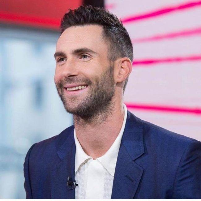 Adam Levine Hairstyles In 2018 50 Amazing Adam Levine Cmhnezc Famous Hair Styles In 2019 Adam Levine Haircut Adam Levine Hair Adam Levine