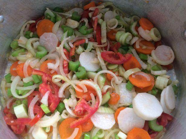 Como fazer fundo de vegetais