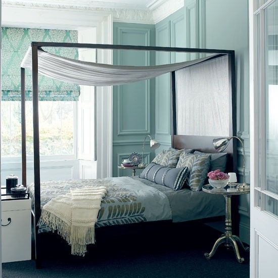 Unique Metal Canopy Bed Design photos ideas and inspiration Amazing gallery of interior design and decorating ideas of Metal Canopy Bed in bedrooms Simple Elegant - Amazing canopy bed ideas HD