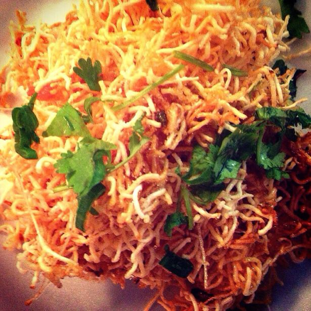 Sweet thai crunchy noodles mi krop the hungry hindu main dish mee krob best recipe eat with nam sod forumfinder Gallery