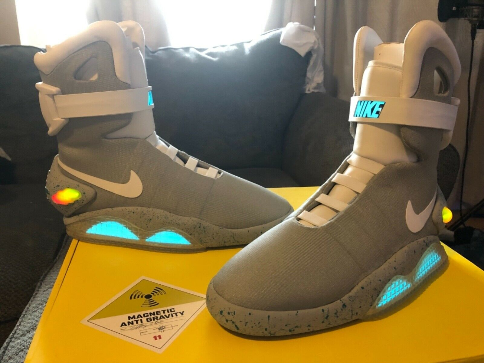 Nike Mag Air Size 11 Deadstock Back To The Future 2 Marty Mcfly