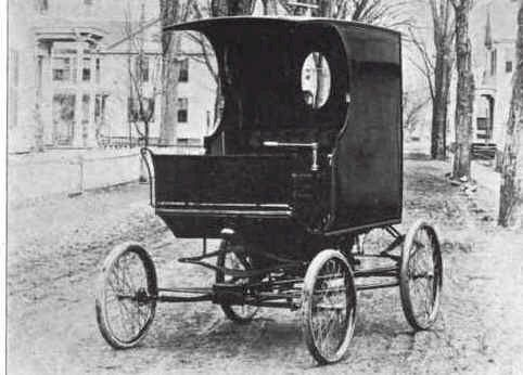 1901 Loomis Delivery Wagon