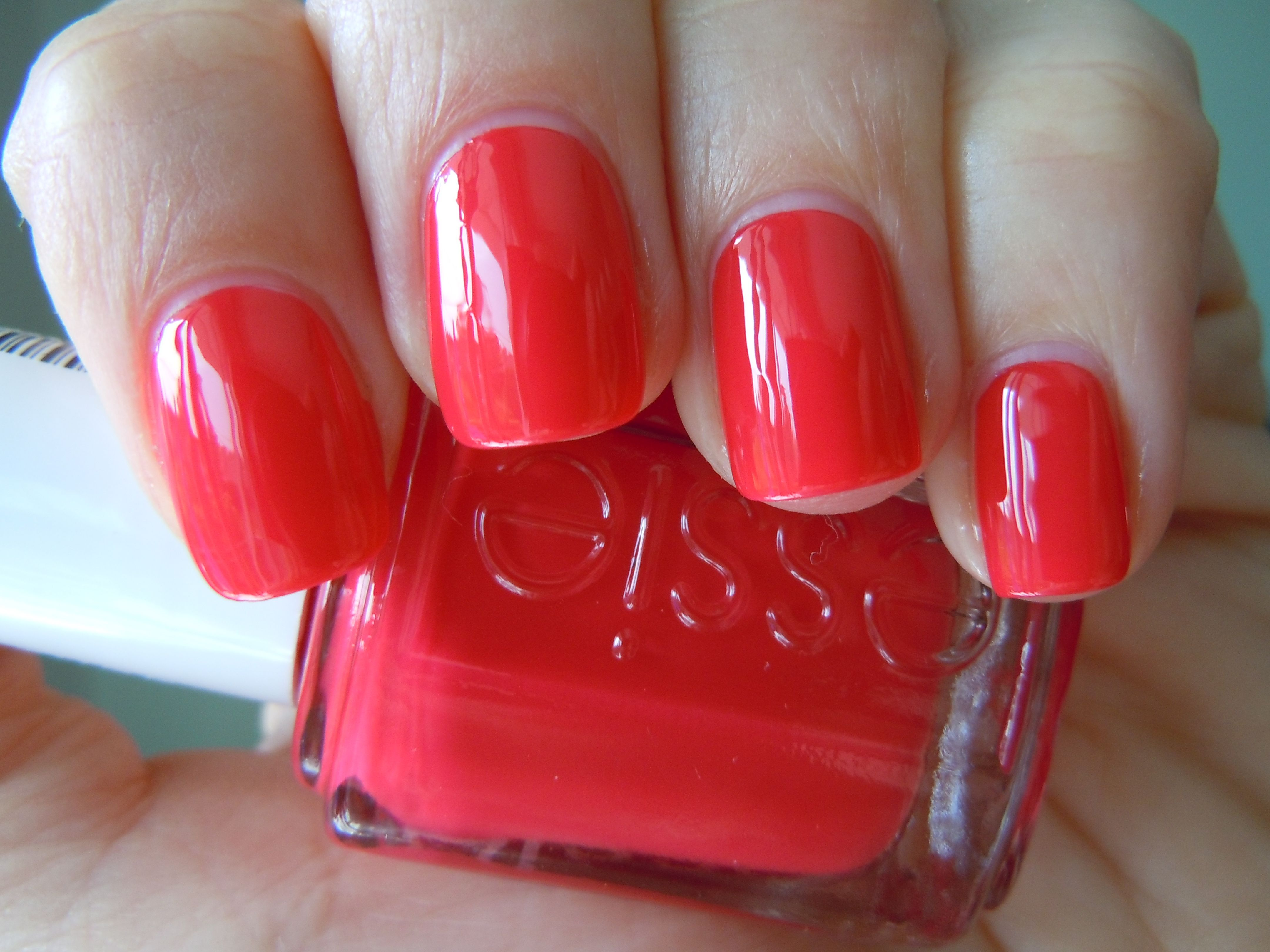 Essie Too Too Hot When I say contrast, I\'m almost always meaning ...
