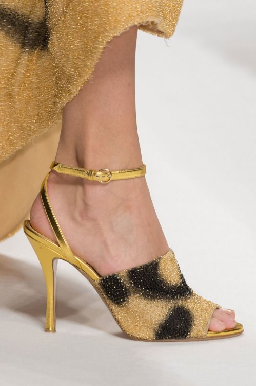 Shoes and Accessories Cynthia Reccord — (via Moschino Fall 2015 | The Top 8 Shoe Trends...