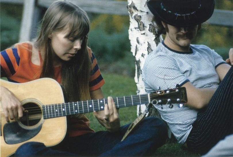 joni mitchell and david crosby at cass elliot's house - 1968