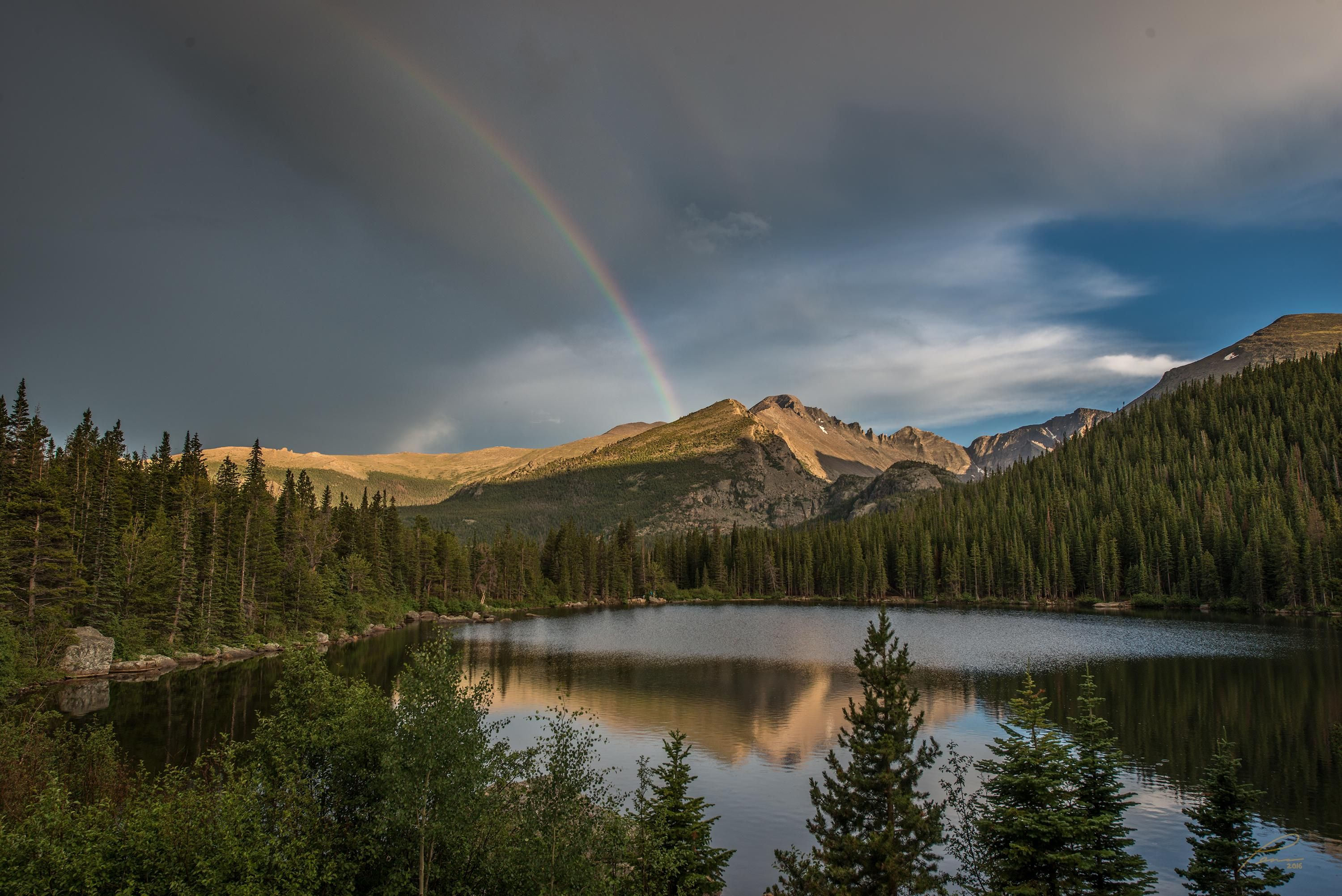 First post here. Spent two weeks photographing in Rocky Mountain NP last summer. Came away with one of my best images on the first evening. [OC] [3000x2002]
