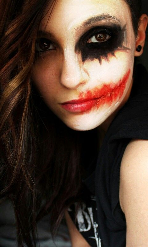 Pingl par meg nelson sur costumes pinterest maquillage halloween maquillage et halloween - Maquillage halloween moitie visage ...