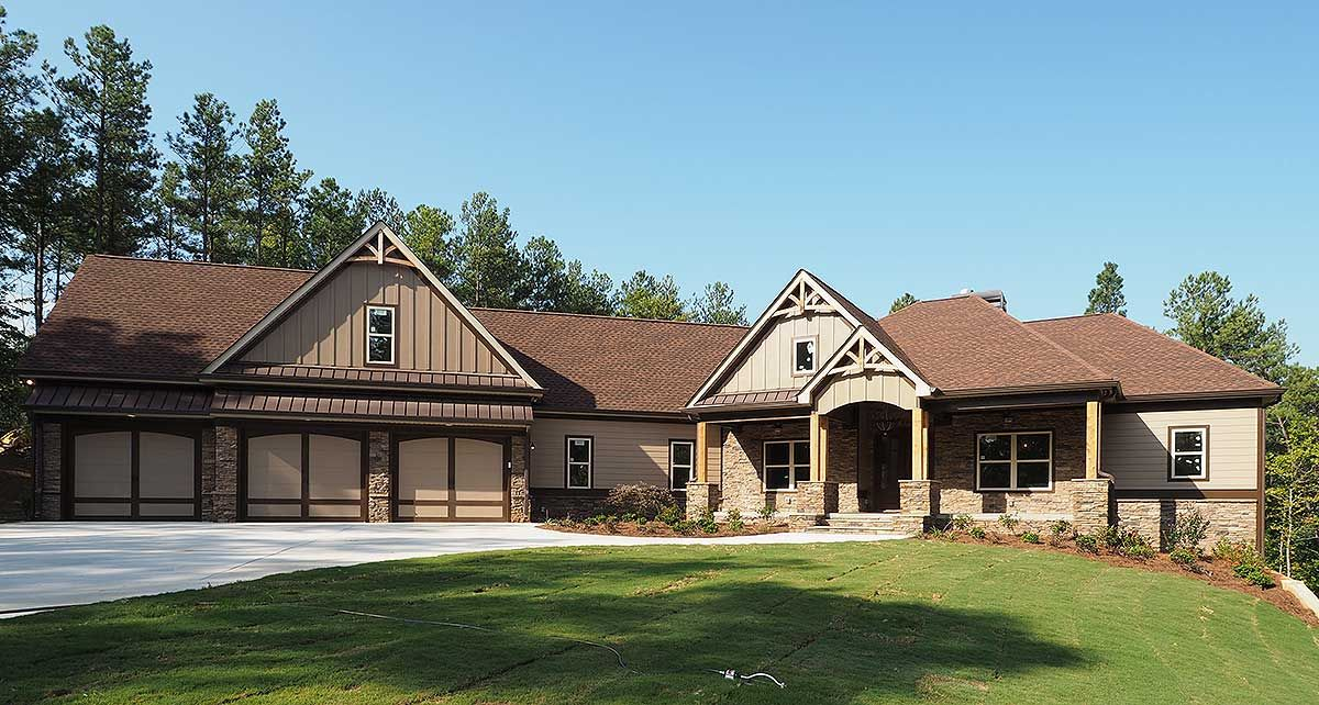 Plan 36075dk Craftsman House Plan With 3 Car Angled Garage Craftsman House Craftsman House Plan Ranch House Plans