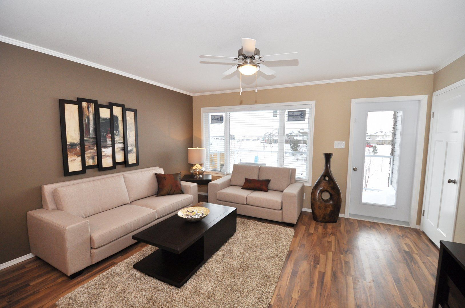 Small Townhouse Living Room Ideas Decorating A Small Townhouse