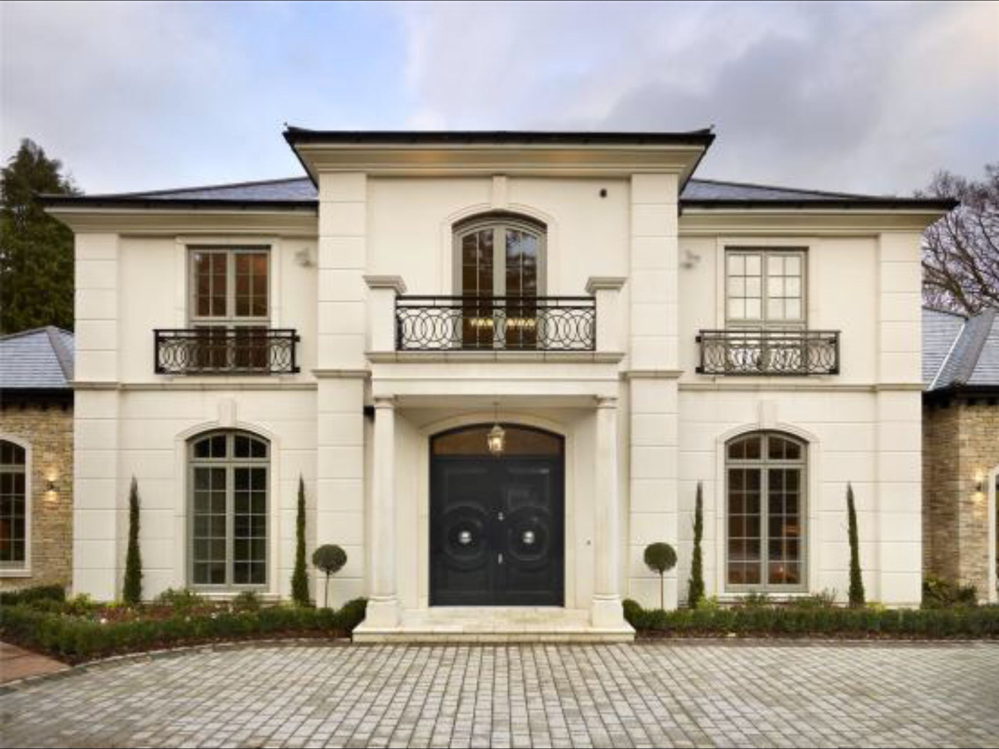 5 Bedroom Detached House For Sale In Eaton Park Road Cobham Surrey