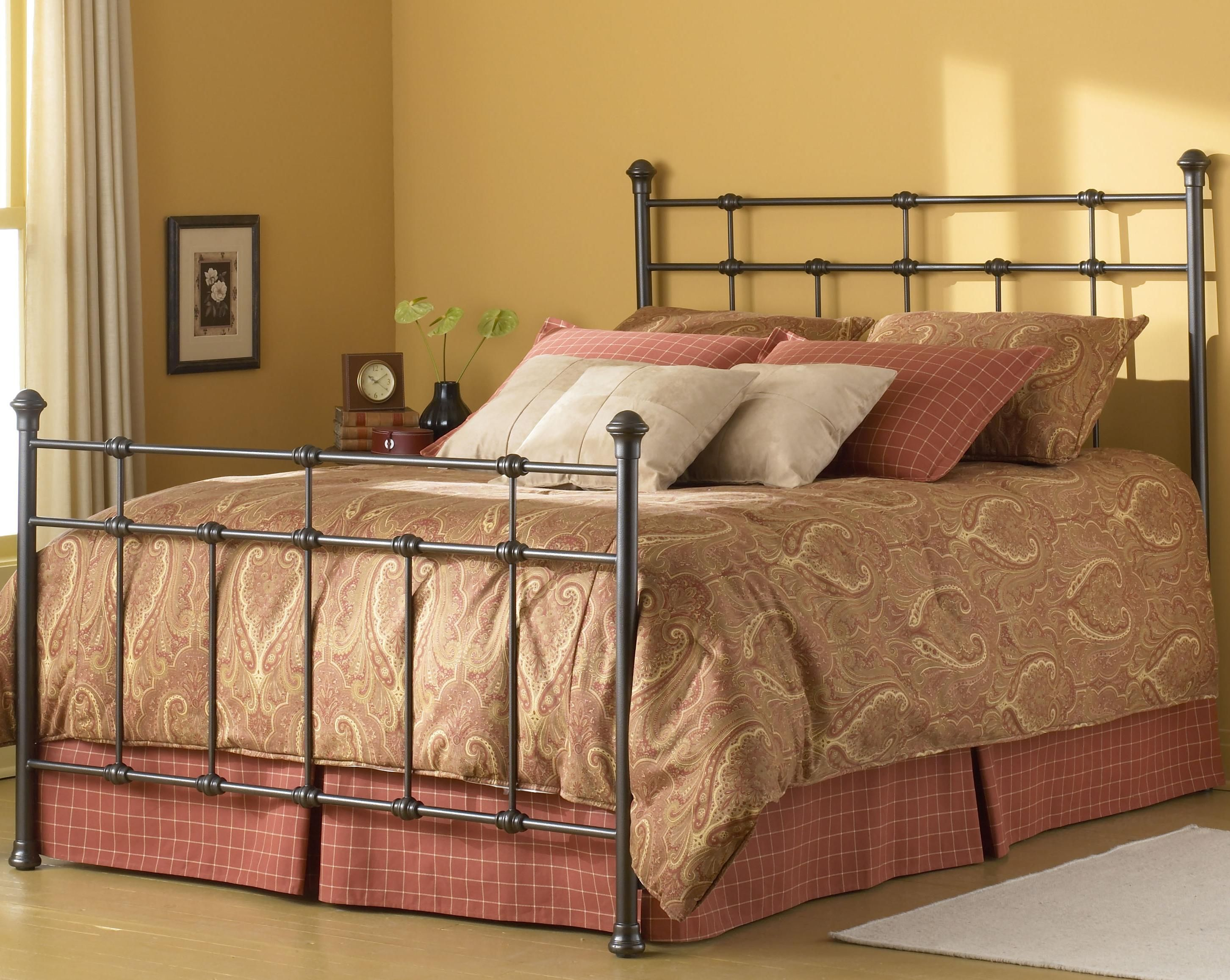 metal beds queen dexter bed by fashion bed group metals dexter