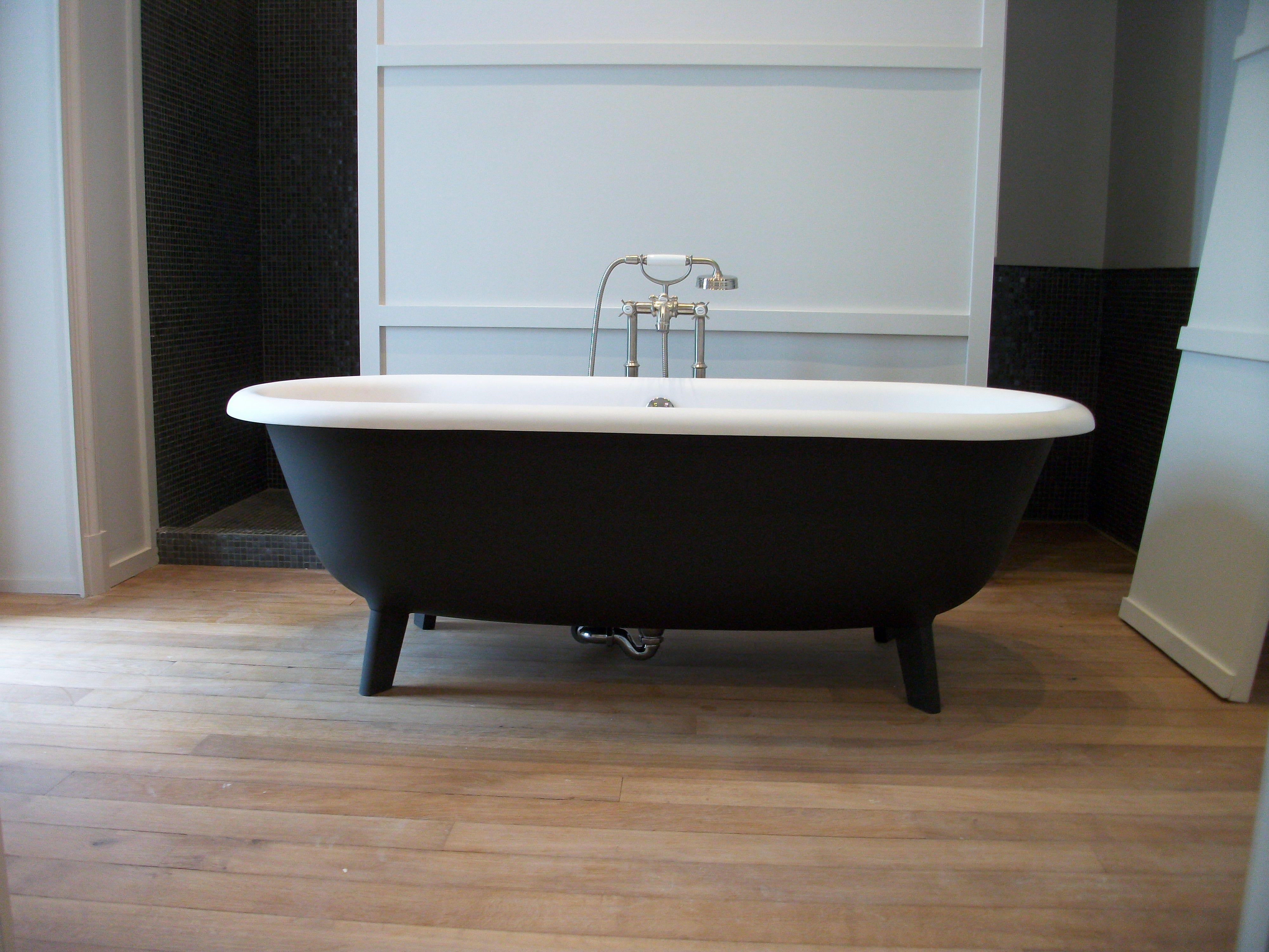 Baignoire Ottocento Agape et bain douche sur pied Axor Montreux