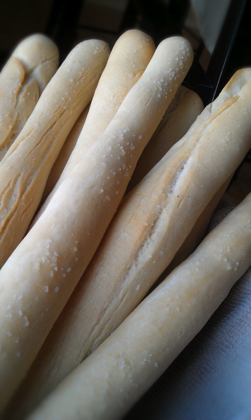 Egg Free Bakery Olive Garden Breadsticks (Quick & Easy