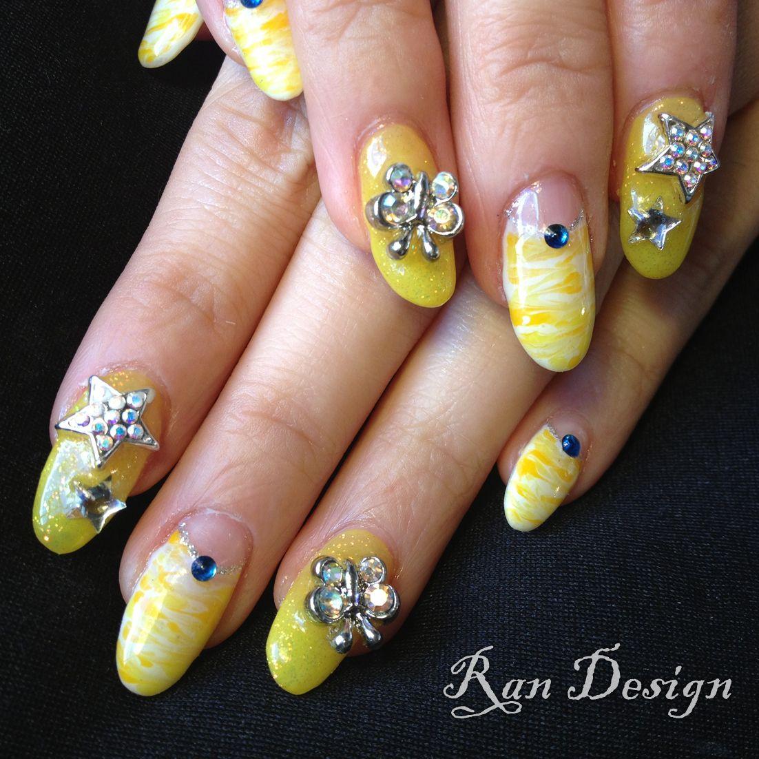 Yellow Nails | NAIL ART | Pinterest | Nagellack-Kunst, Kunst und Gelb