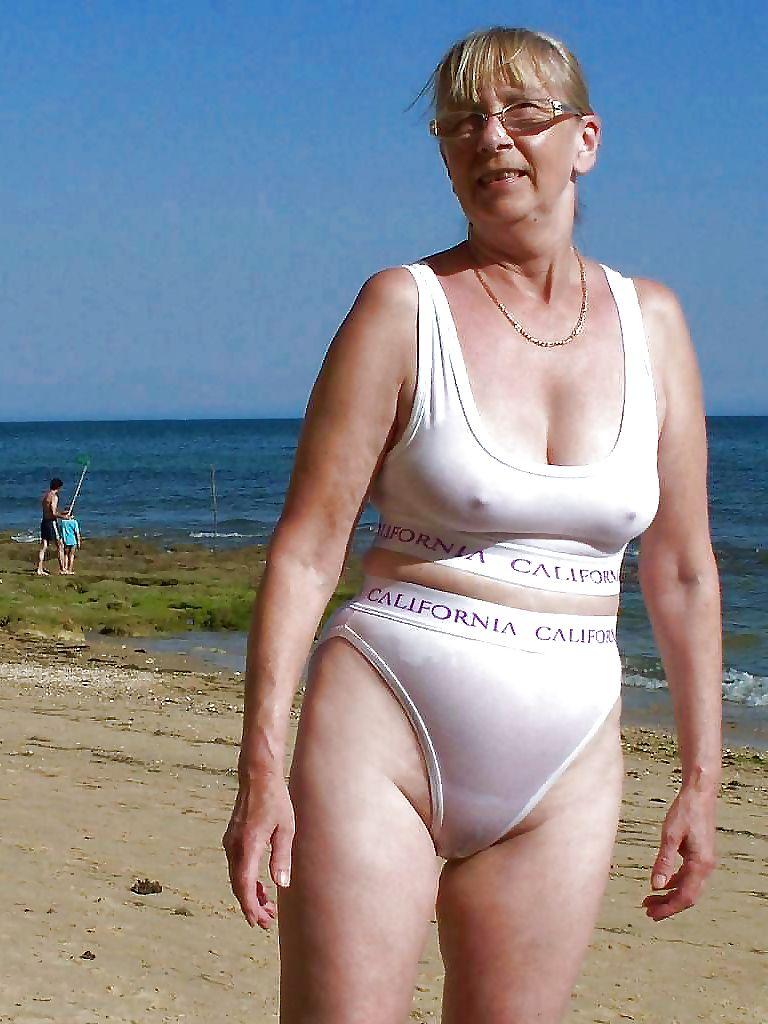 Sin tight bikinis