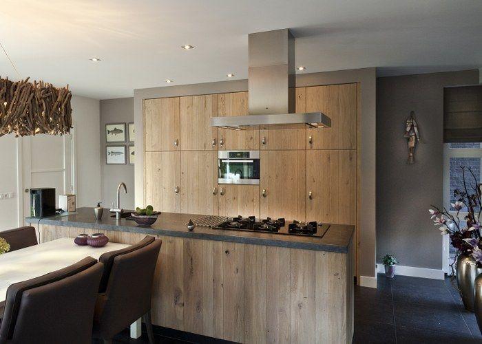 Keuken Van Thijs : De warmte van rustieke eiken fronten in deze schitterende keuken