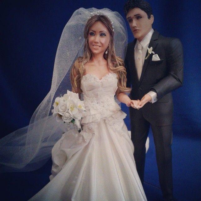 Topo de bolo: Aline -RJ #noivinhos #noivasdorj #topodebolo #topodebolohumanizado #noivasdobrasil #weddingcaketopers #wedding #casamento #noivosfelizes