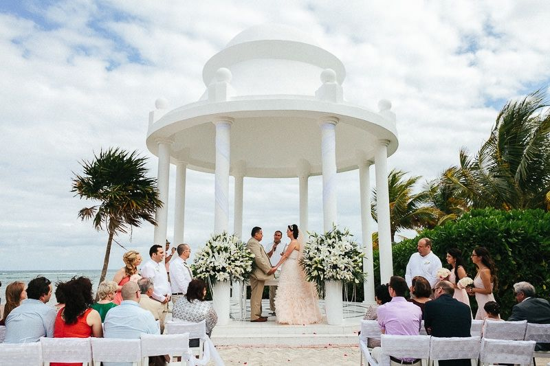 Experts In Planning Stress Free Destination Weddings Honeymoons And Luxury Getaways For You Your Guests Its Wedding Made Easy