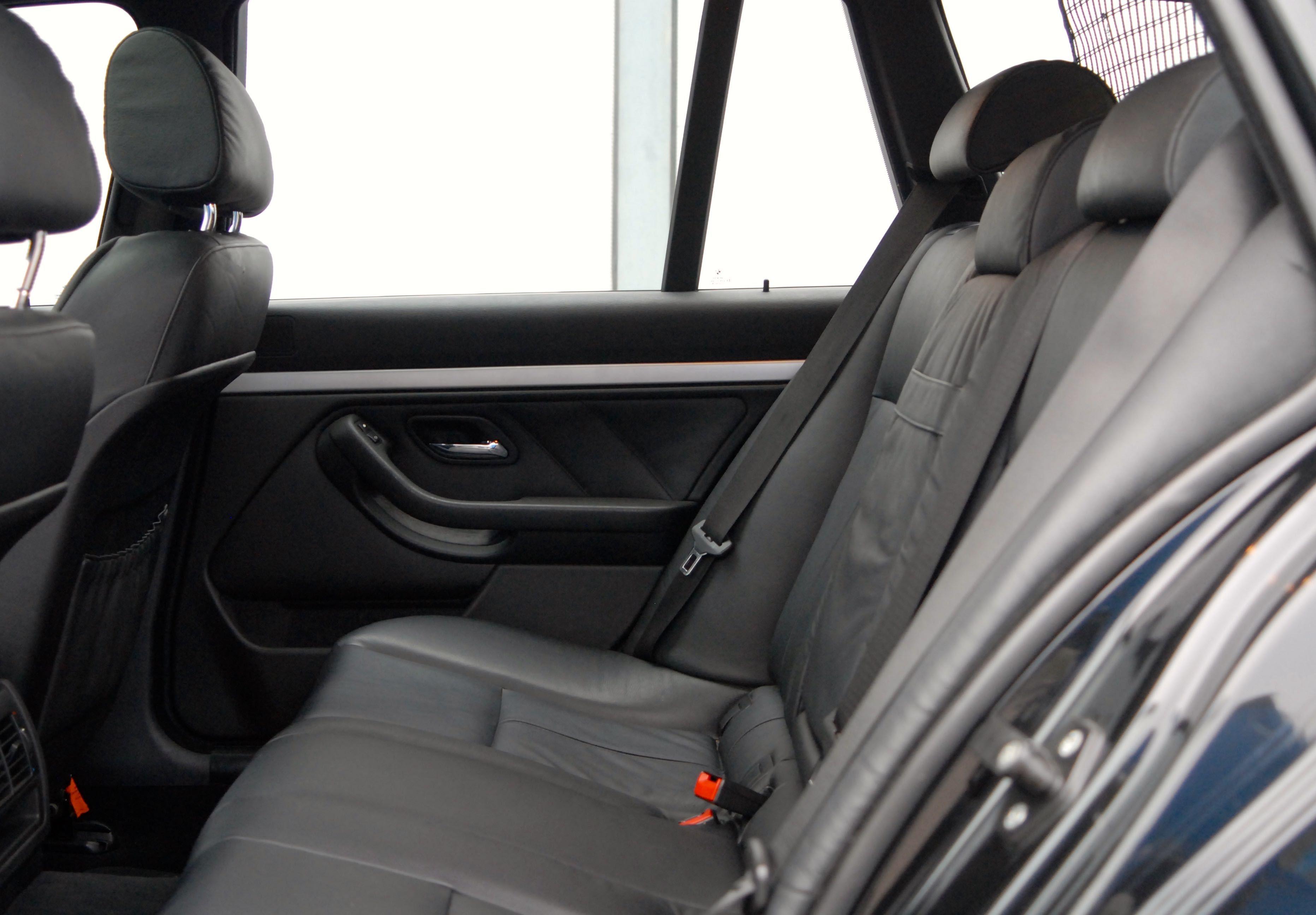 BMW type E39 540i touring m sport pakket Cars