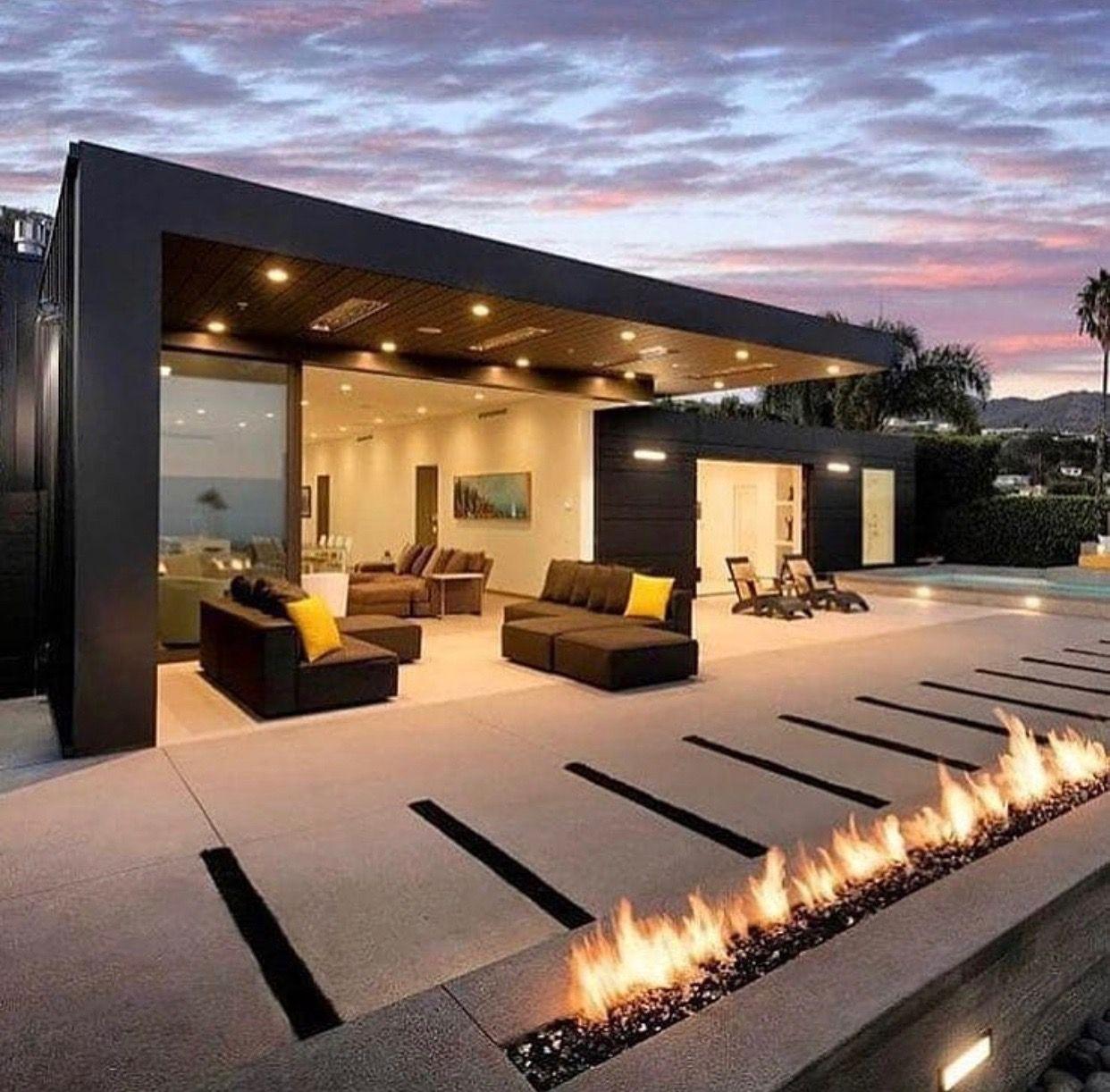 Pin de erica en arquitectura for Mejores fachadas de casas modernas