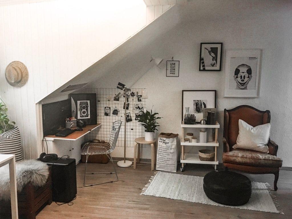 modern vintage bedroom ideas%0A Viele moderne Einrichtungsgegenst  nde befinden sich in diesem WGZimmer   schwarzwei   Fotos
