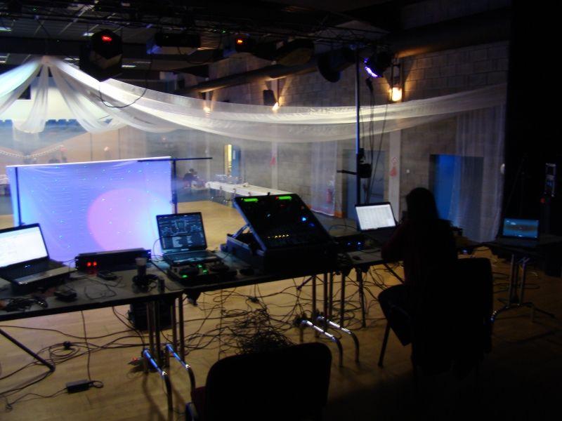 Matériel de sonorisation et d eclairage professionnels