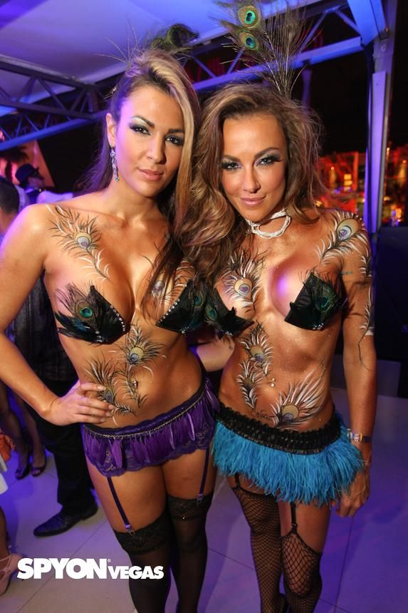 Picture from Midsummer Nights Masquerade Ball   Palms Pool and Bungalows in Las  Vegas 26b144b9b