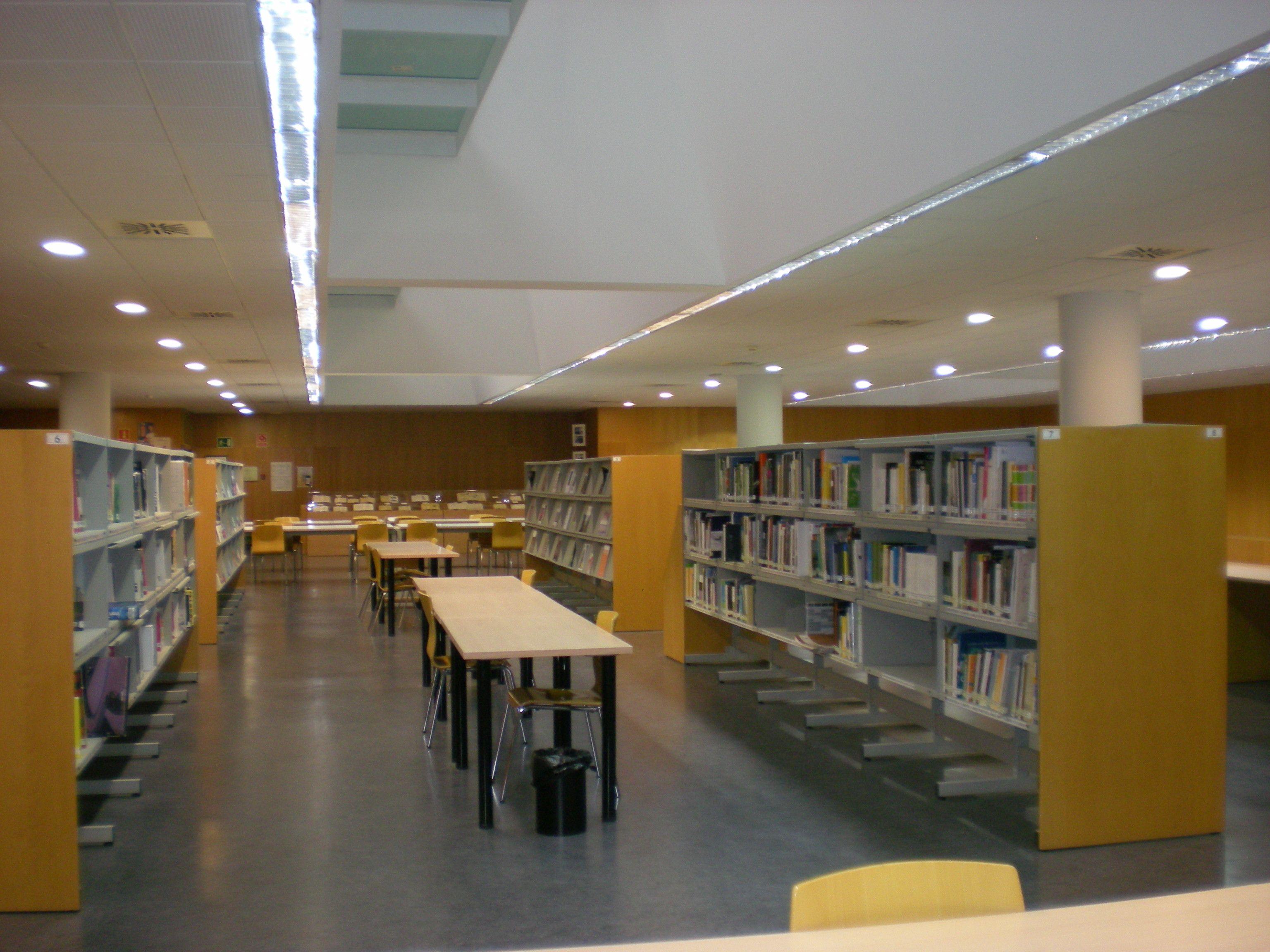 Biblioteca hypatia de alejandr a hemeroteca for Biblioteca cologne