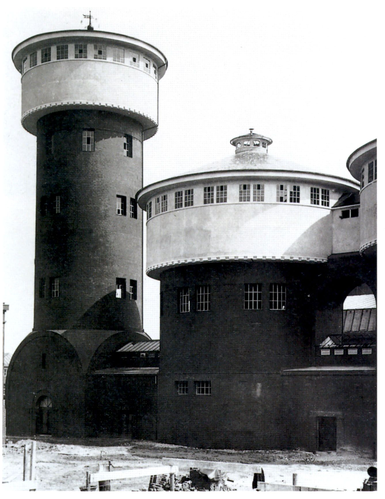 Peter Behrens Synagogue in Žilina Slovakia2 Peter Behrens