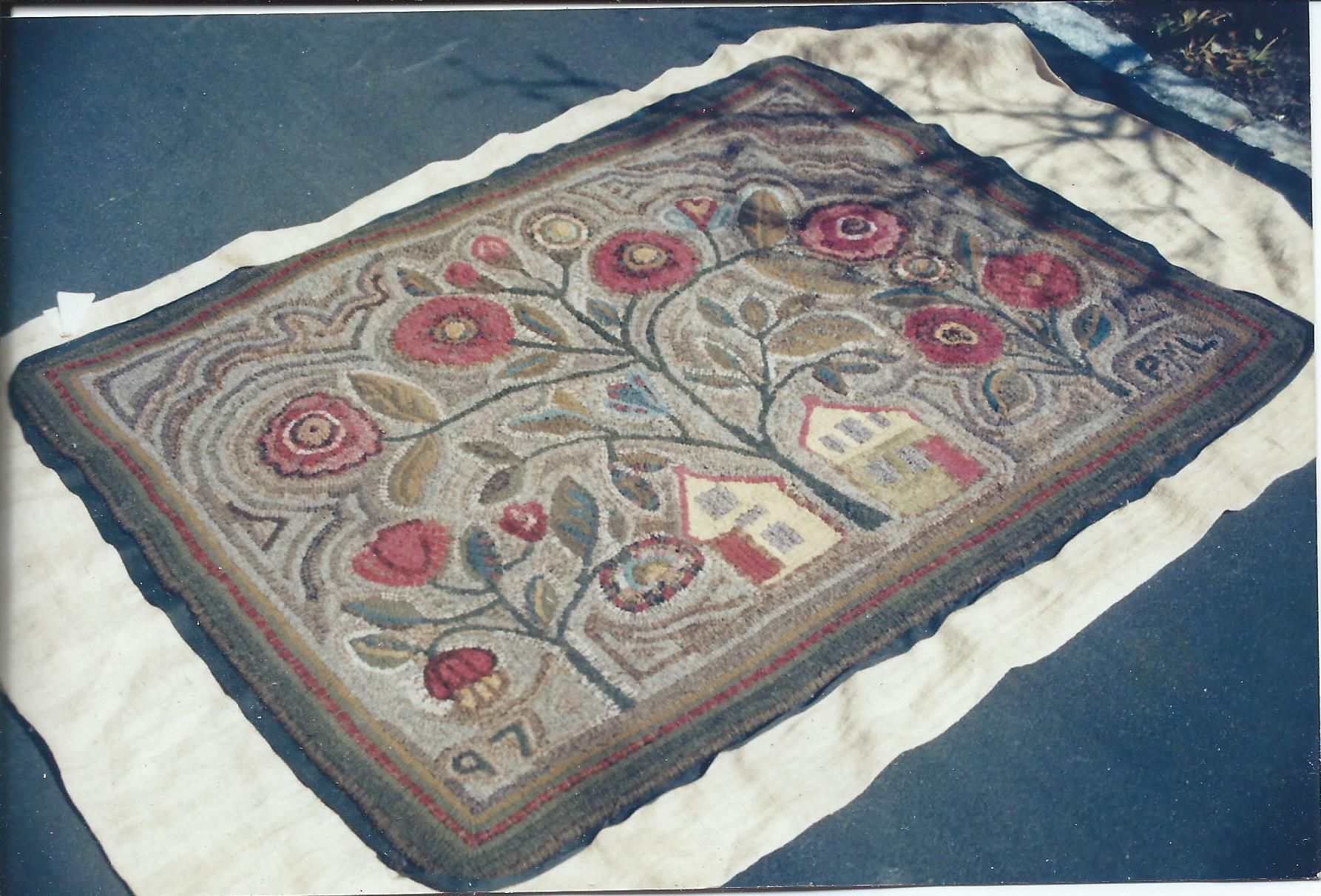 This Is A Rug Design Adapted From An Antique Yarn Sewn Shown On Page 15 Of Joel And Kate Kopp S Book American Hooked Rugs