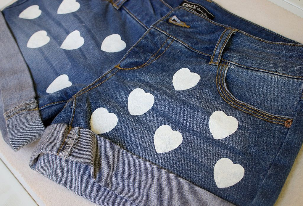 , Rosa Lippenstift-TV: Herz-Gemusterte Shorts Aus ,   Hallo! Ein neues video hat rosa Lippenstift auf TV! Beide machen einen sehr netten und einfach zu do-it-yourself-Projekt :) , Jeans-shorts sind ein ... , Friseur , http://zolf.net/rosa-lippenstift-tv-herz-gemusterte-shorts-aus.htm ,  #gemustertedenim-shorts #gemusterteshorts #Herz-bedruckteshorts #Herz-gemusterteshorts-shortsNerven,