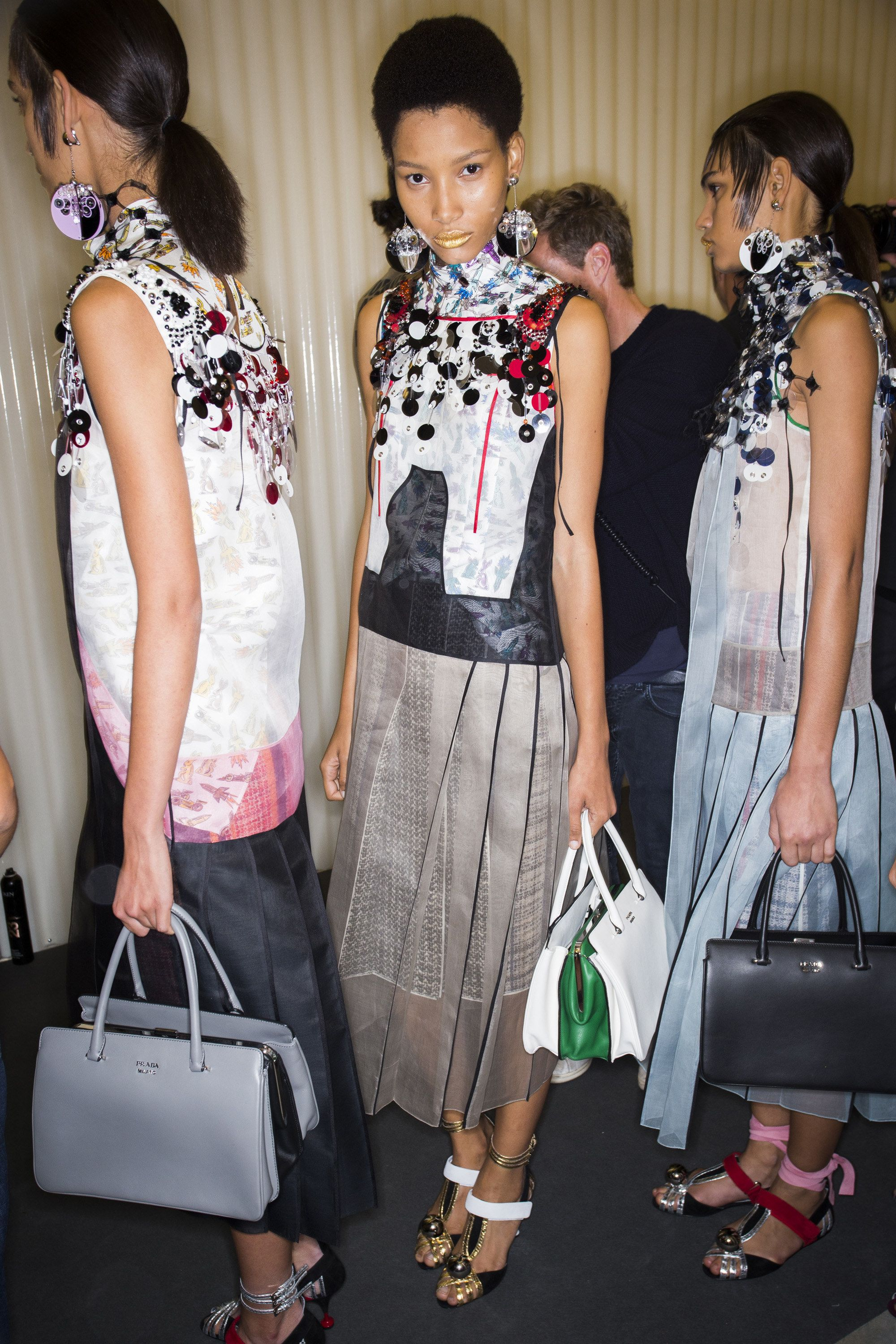 Prada Spring 2016 Ready-to-Wear Fashion Show Beauty