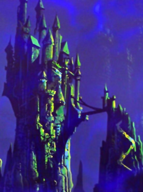 Maleficent S Castle Sleeping Beauty Disney Dork