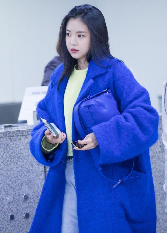 Apink Naeun's Airport Fashion 190201 | Fashion, Airport ...