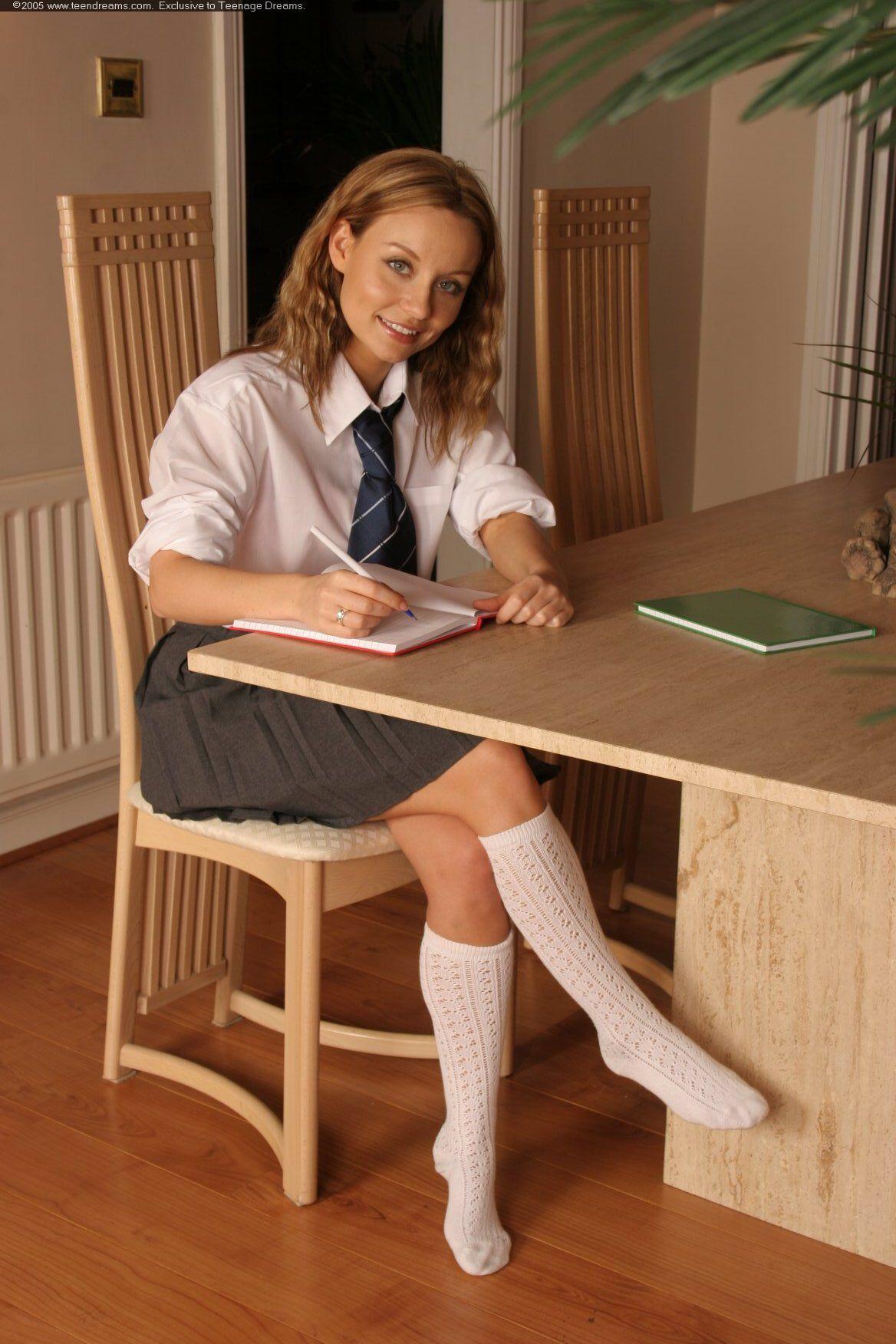 [COSPLACOOL]Thick Reto Women Fashion Hot Thigh High Socks